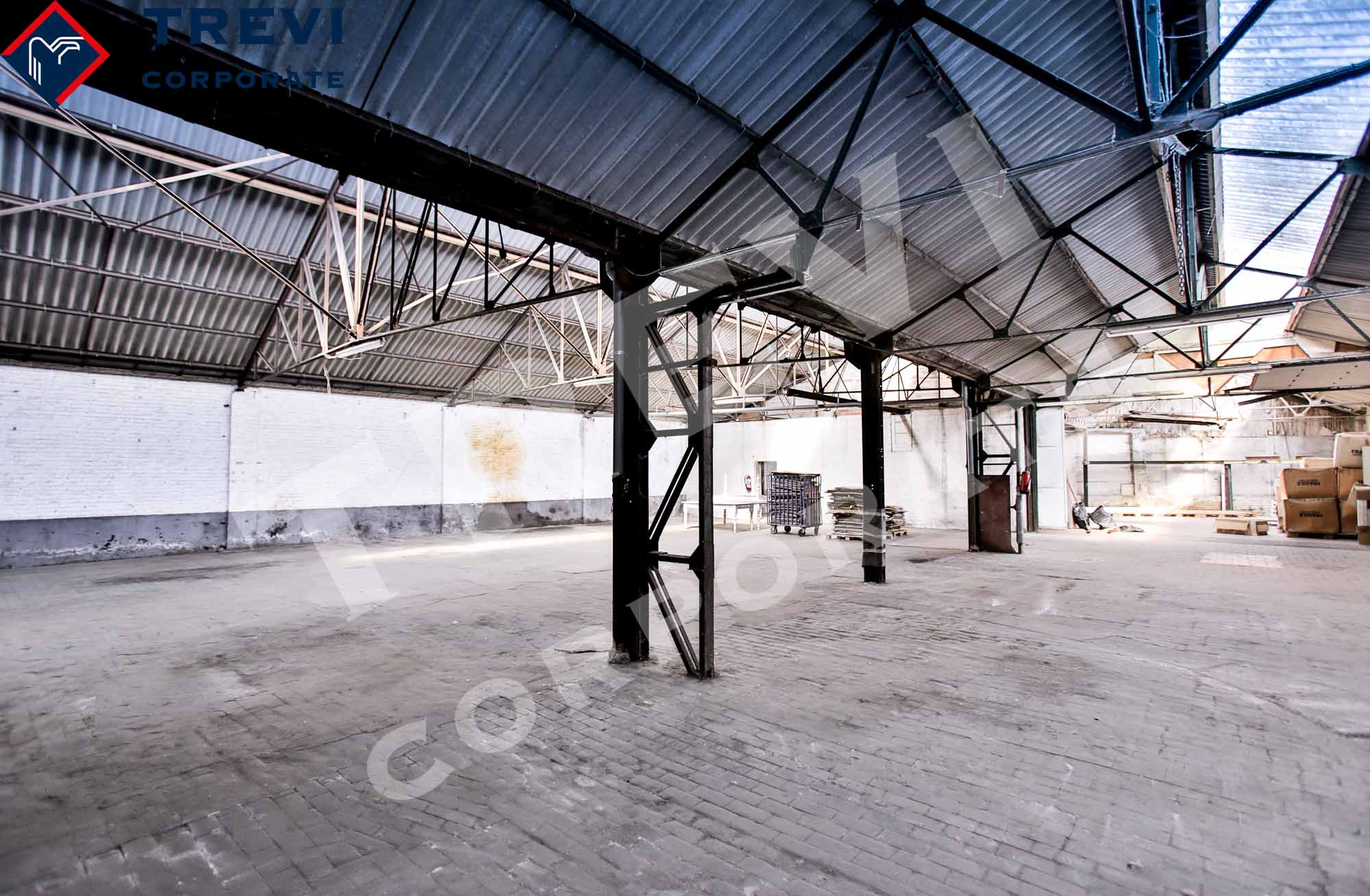 Mixed use building sold in Brussels South